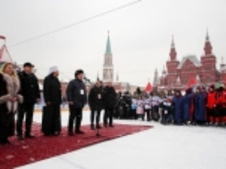 В Москве прошел заключительный этап ХI турнира по русскому хоккею на призы Патриарха Московского и всея Руси