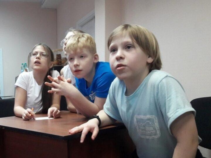 Учащиеся православной гимназии приняли участие в военно-патриотической эстафете