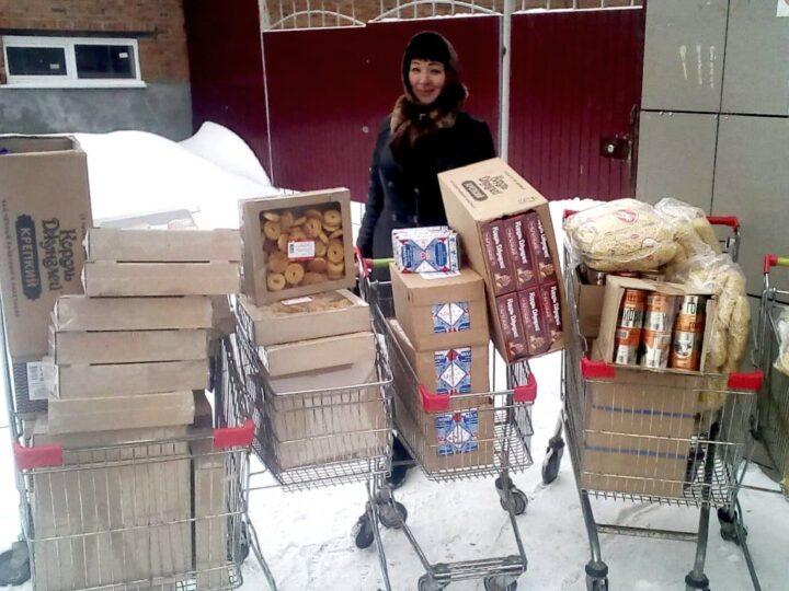 Мариинская епархия оказала помощь многодетным и малоимущим семьям