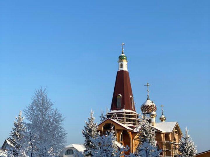 Приход на Лесной Поляне приглашает кемеровчан разделить радость престольного дня