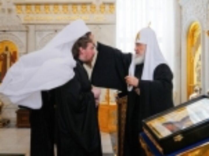 Святейший Патриарх Кирилл возвел епископа Челябинского и Миасского Алексия в сан митрополита
