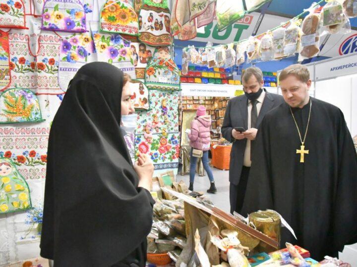 В Кемерове открылась IX Международная православная выставка-ярмарка «От покаяния к воскресению России»