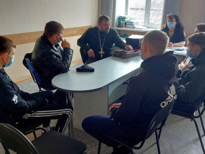 Анжеро-Судженский священник принял участие в акции «Твой выбор»