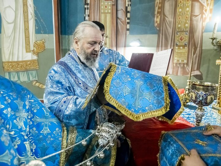 7 апреля 2021 г. Празднование Благовещения в Знаменском соборе Кемерова