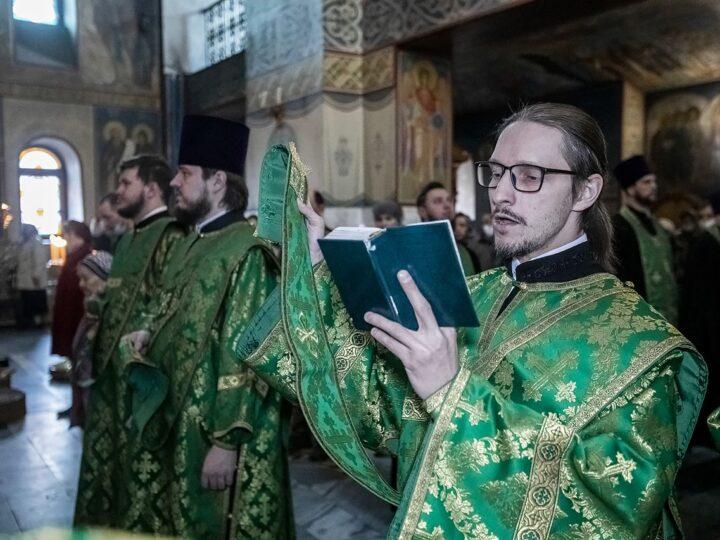 24 апреля 2021 г. Представление кемеровской пастве епископа Гурьевского Игнатия в канун Вербного воскресенья