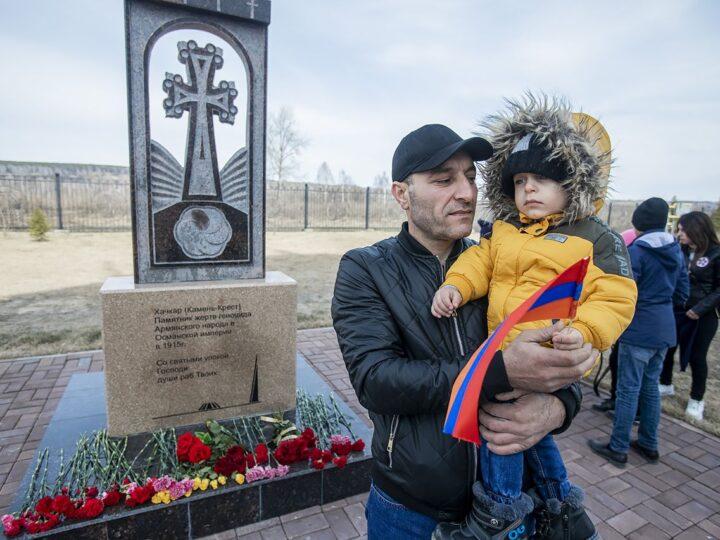 24 апреля 2021 г. Поминовение жертв геноцида армян в Казанском храме Кемерова