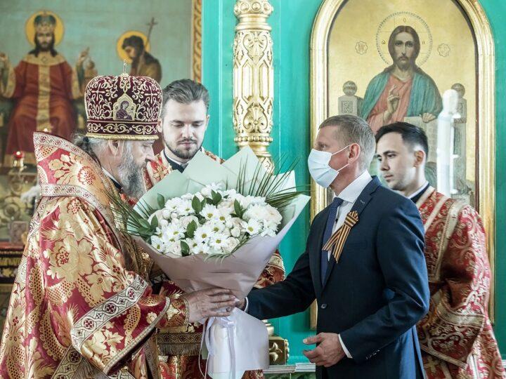 В субботу Светлой седмицы митрополит Аристарх посетил город Белово