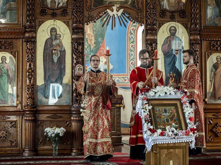 4 мая 2021 г. Светлый вторник. Великая вечерня в Покровском храме Прокопьевска