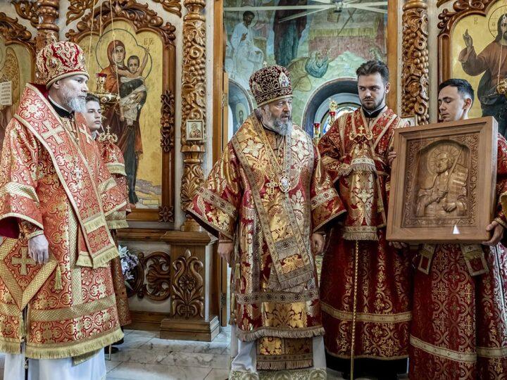 Глава митрополии посетил Новокузнецкую епархию