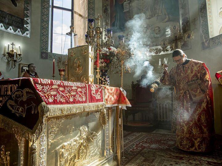 5 мая 2021 г. Светлая среда. Божественная литургия в соборе Рождества Иоанна Предтечи Прокопьевска