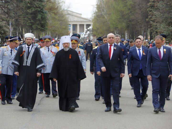 9 мая 2021 г. Участие митрополита в областных мероприятиях по случаю Дня Победы