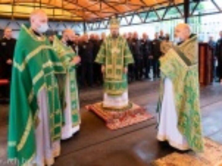 Патриарший экзарх всея Беларуси совершил Литургию на территории исправительной колонии № 14 в Минской области