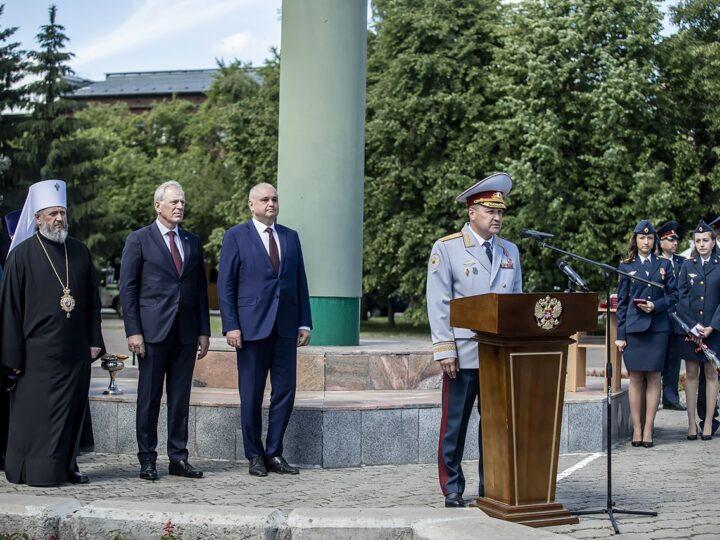 11 июня 2021 г. Участие митрополита в принесении присяги молодыми сотрудниками ГУФСИН по Кемеровской области