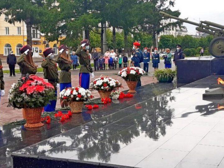 Воспитанники патриотического казачьего клуба приняли участие в мероприятии, посвящённом Дню памяти и скорби