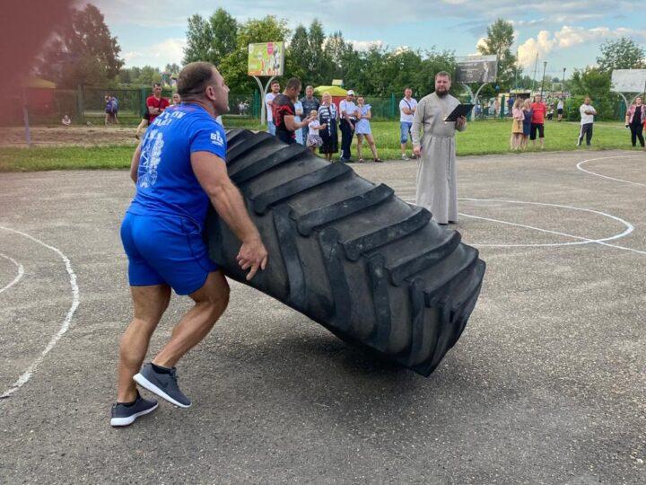 В Анжеро-Судженске состоялся турнир по силовым видам спорта