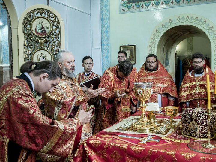 Глава митрополии возглавил торжества престольного праздника второго кафедрального собора