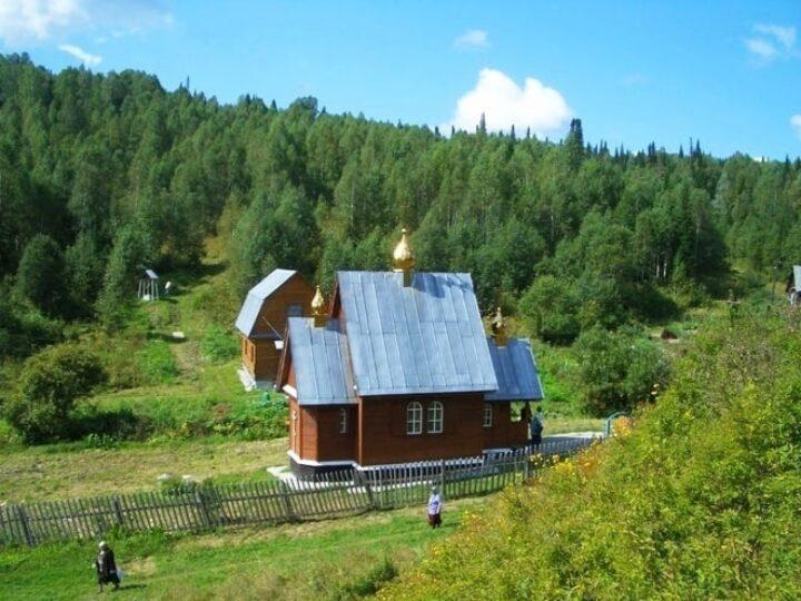 Паломническая служба Кузбасской митрополии приглашает посетить «Кузбасскую Голгофу»