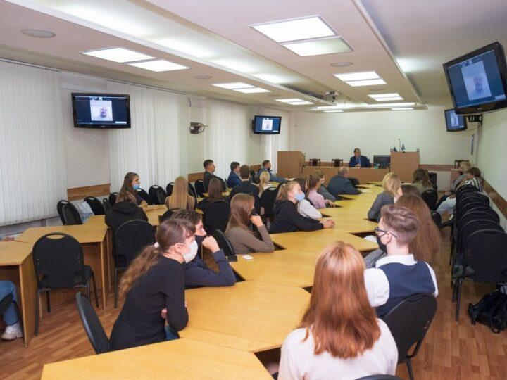 В Кемерове прошёл Международный круглый стол «Александр Невский и его значение для исторического и цивилизационного выбора России»