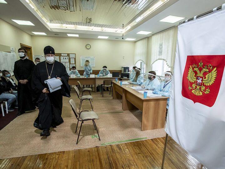 Митрополит Аристарх принял участие в выборах