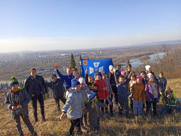 Православные следопыты из Мысков побывали на горе Топаз