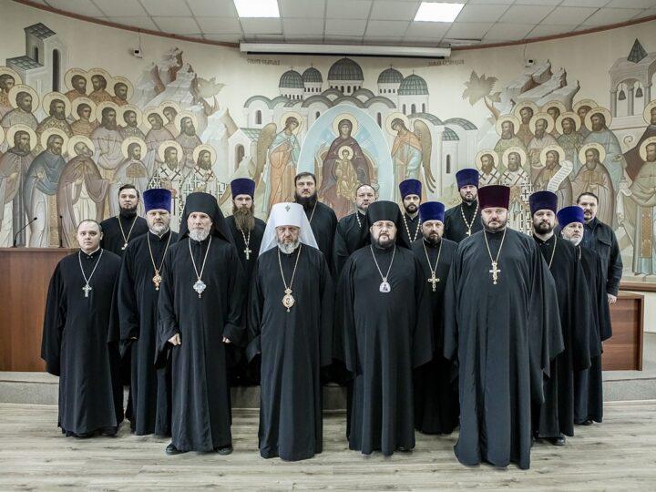 В Кемерове прошло расширенное заседание Архиерейского совета