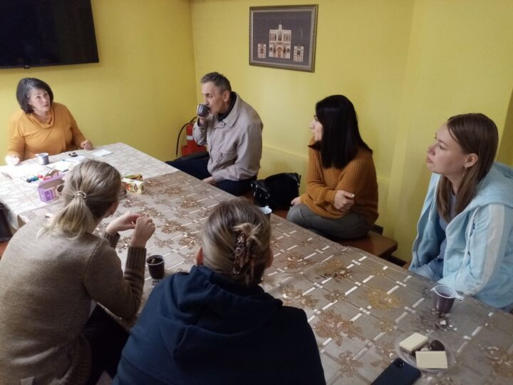 На кемеровском приходе продолжается реализация социального проекта «Семейный клуб «Образ»