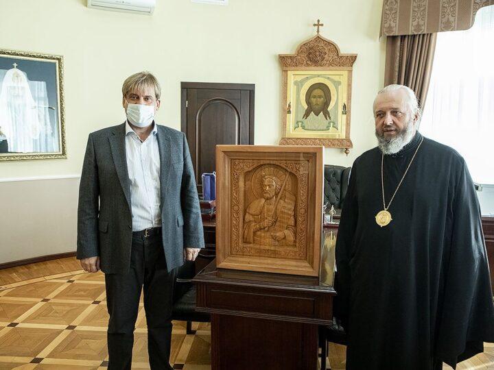 Митрополит Аристарх поздравил председателя Парламента Кузбасса с избранием