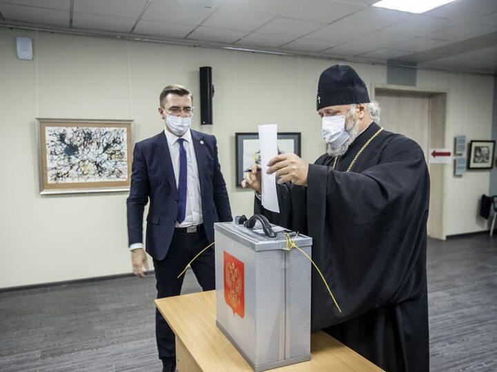 Митрополит Аристарх принял участие в выборах ректора КемГИК